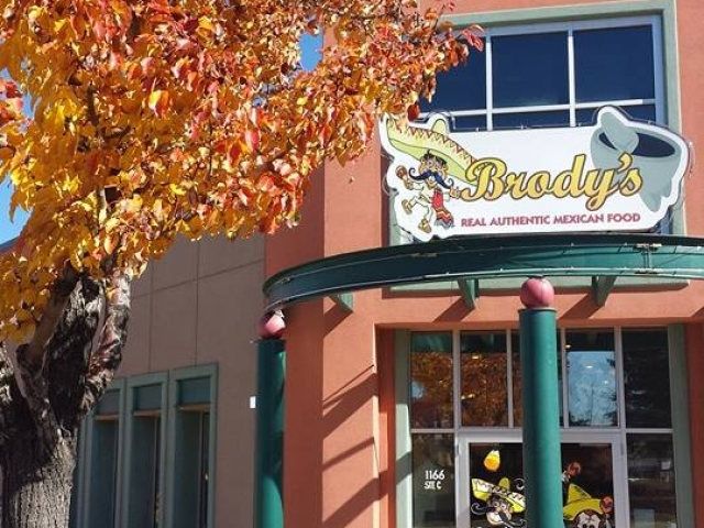 Brodys Mexican Restaurant Storefront